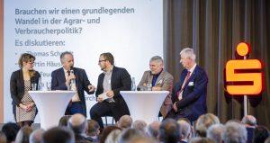 Moderation der Podiumsdiskussion beim 11. Agrarkonvent des Sparkassenverbandes